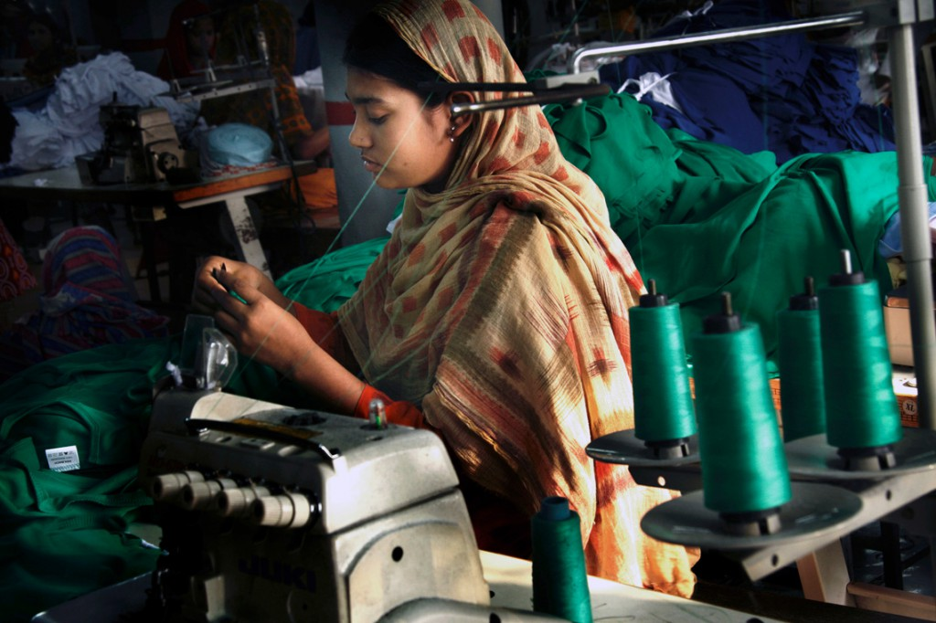 1The-Life-&-Struggle-of-Garment-Workers_07-copy